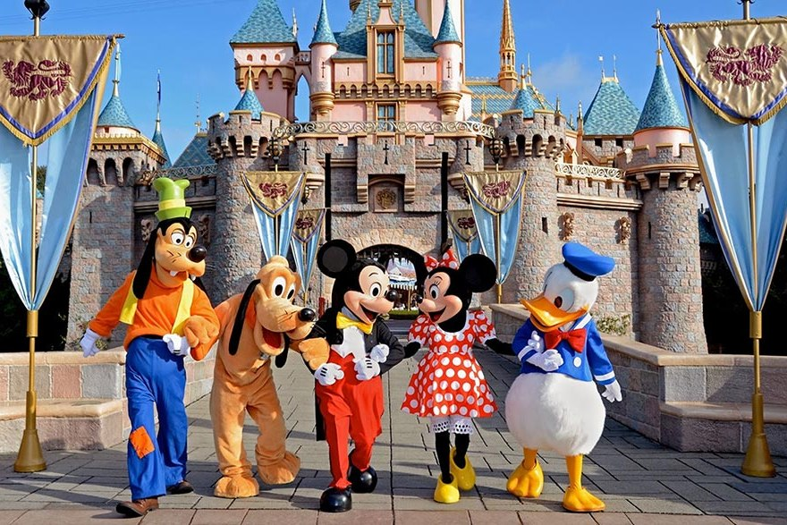 Click to View Disney Holidays